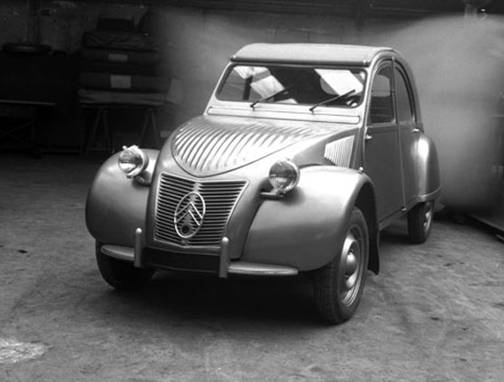 40 anni di 2cv l 39 evoluzione estetica il sito internet del club citroen 2cv derivate. Black Bedroom Furniture Sets. Home Design Ideas